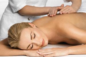 выполнение лечебного массажа