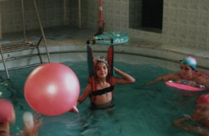 аквагимнастика в басейне