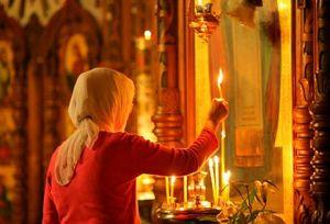 Молитвы от боли в ногах и болезней в суставах: к Симеону Верхотурскому, Серафиму Саровскому, трем иконам