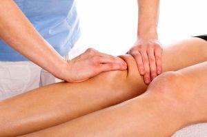 массаж коленей