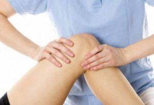 массирование коленных суставов