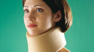 шейный корсет для женщины
